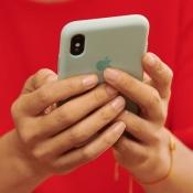 iPhone in handen