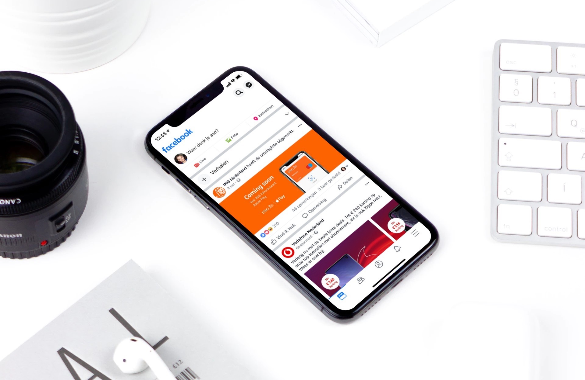 Facebook-app design in het wit.