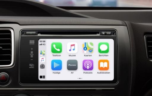 CarPlay met lichte modus.