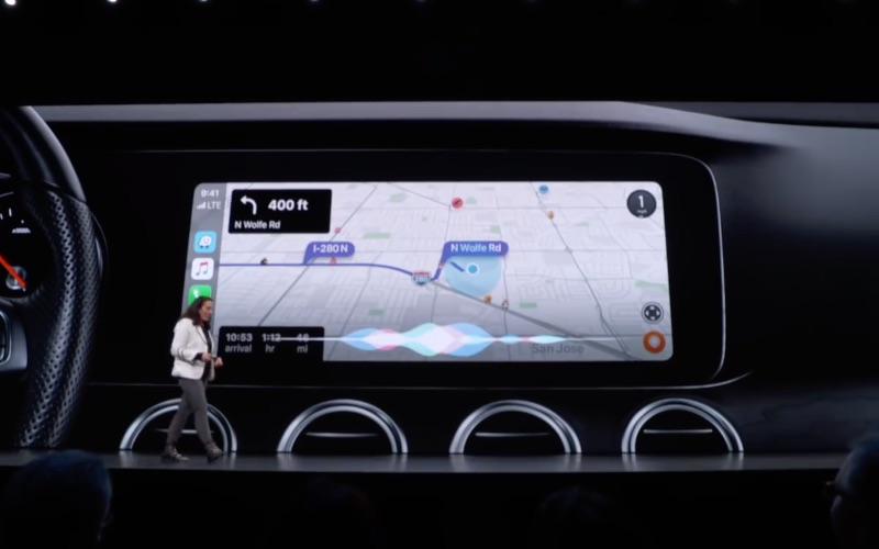 CarPlay Siri Waze.