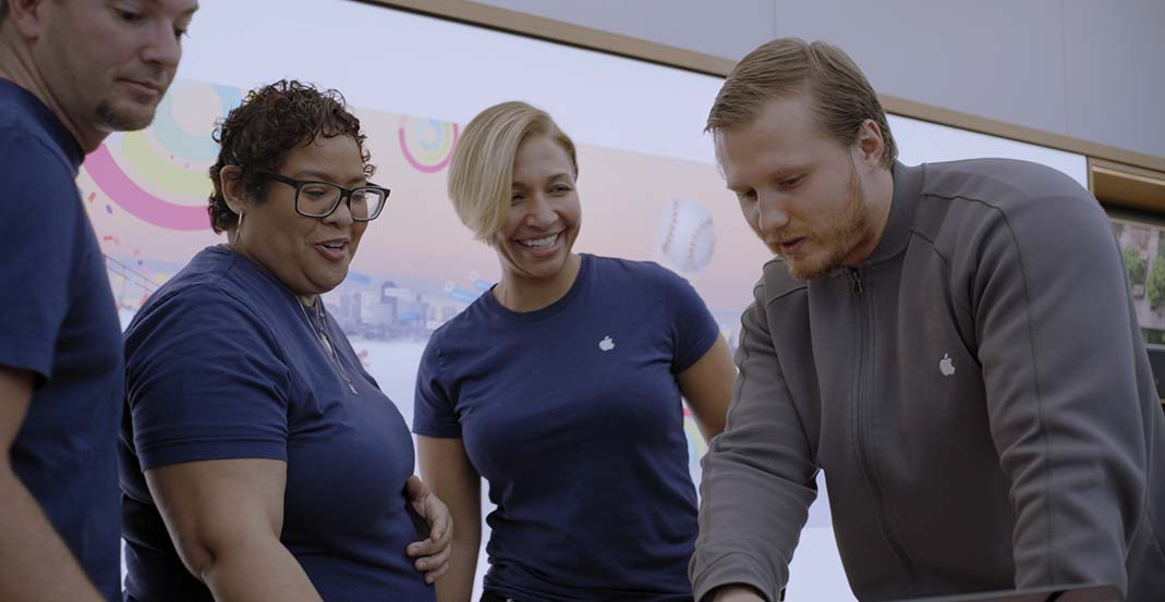 Apple Store Leader training