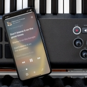 Apple Music in iOS 13 met songteksten.