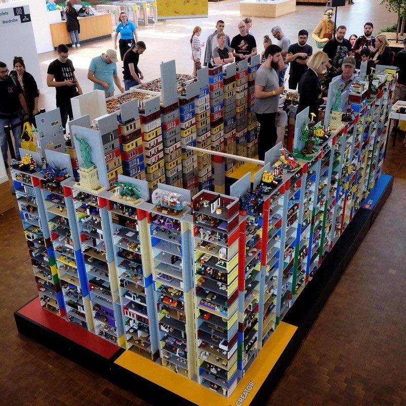 LEGO diorama