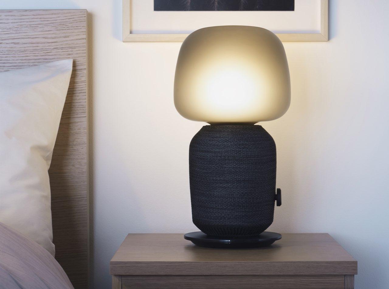 IKEA Symfonisch tafellampspeaker review naast bed