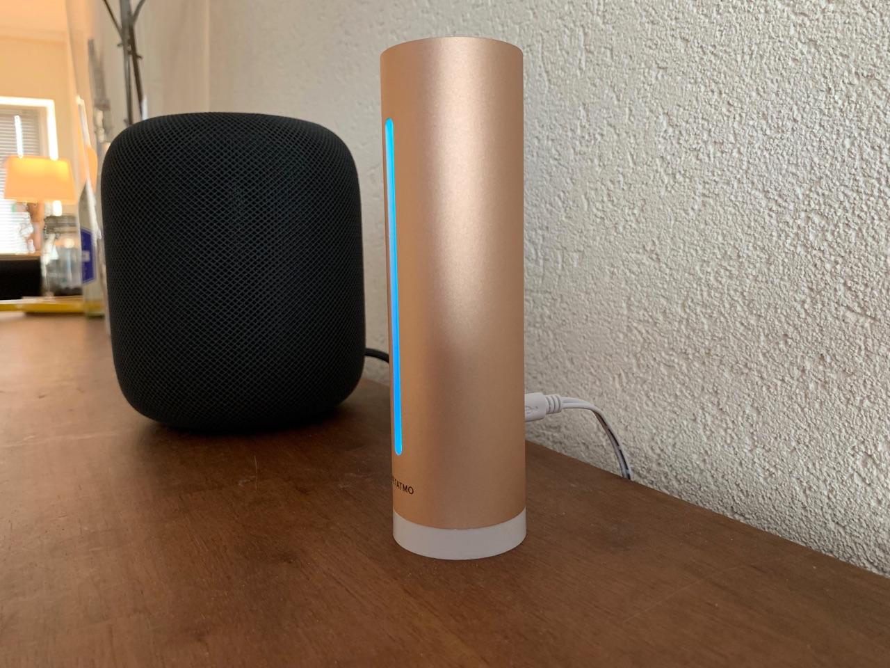 Netatmo Healthy Home Coach met lampje.