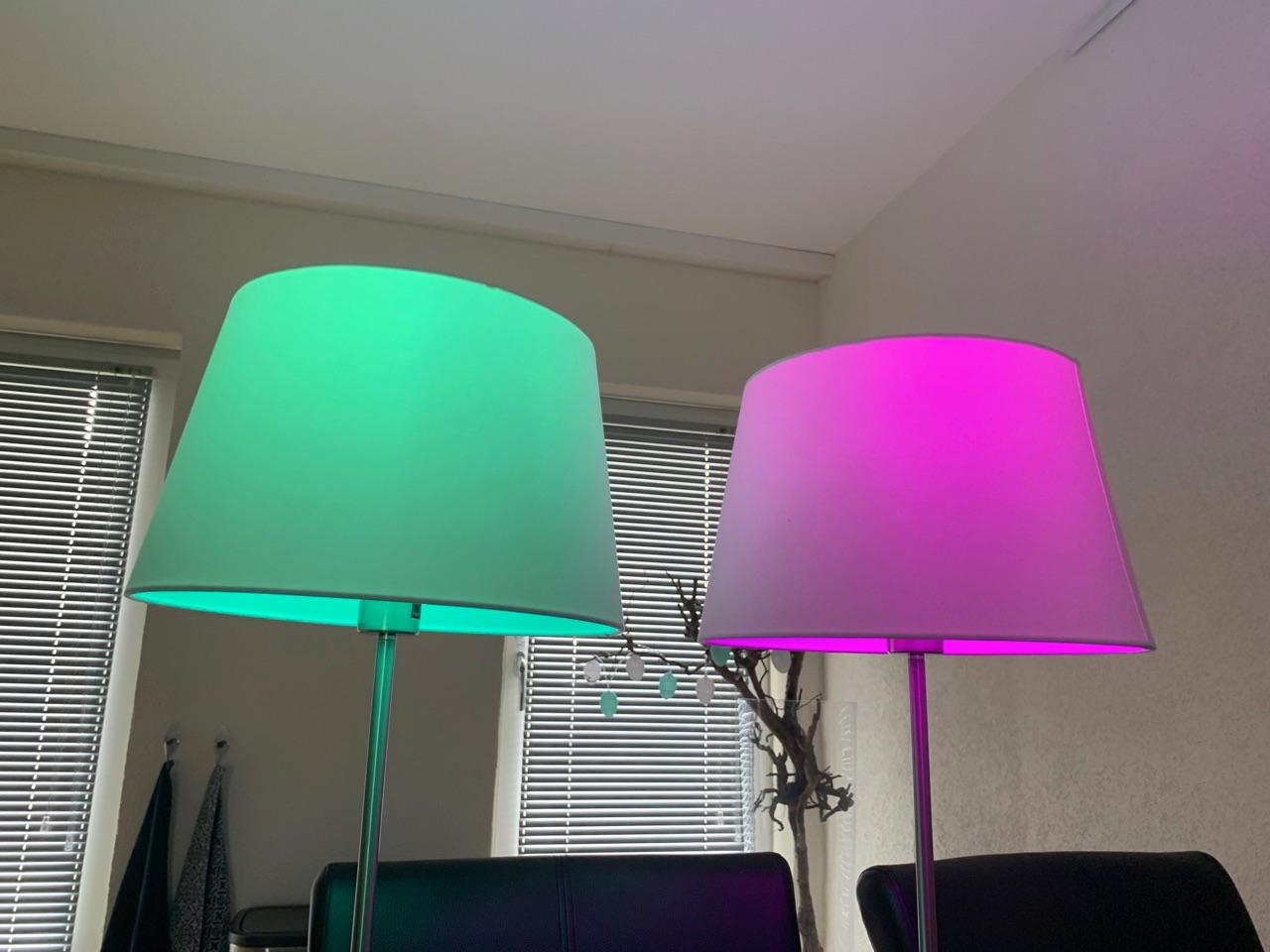 Hue Bluetooth gekleurde lampen.