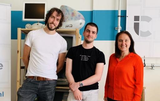 Antoine, Bas en Gonny