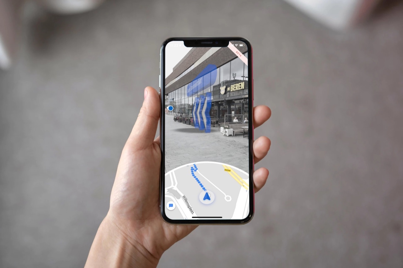 Google Maps Live View in AR.