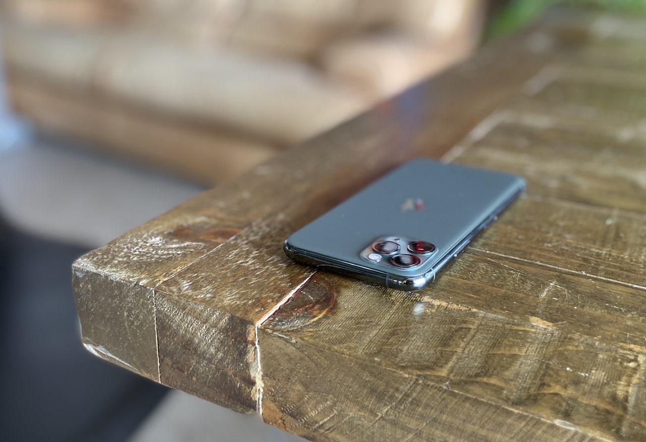 iPhone 11 Pro eerste indruk: iPhone 11 Pro achterkant met bult