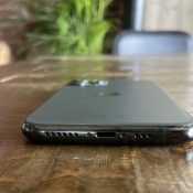 iPhone 11 Pro eerste indruk: iPhone 11 Pro achterkant Lightning-aansluiting