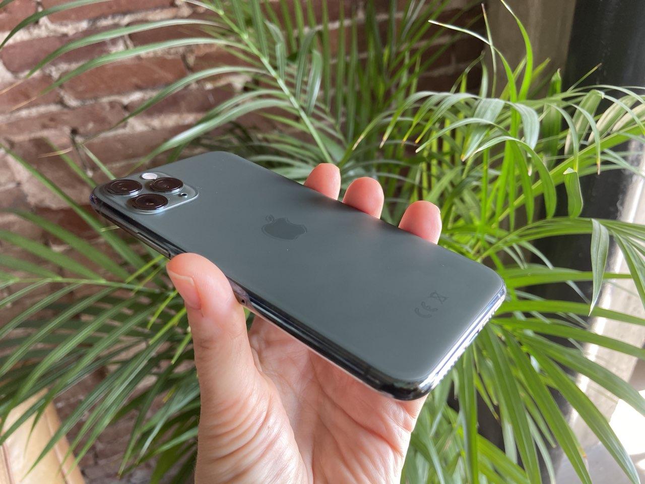 iPhone 11 Pro eerste indruk: iPhone 11 Pro zijkant