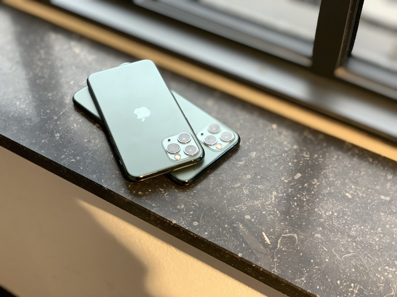 iPhone 11 Pro (Max) review: camera's en achterkant