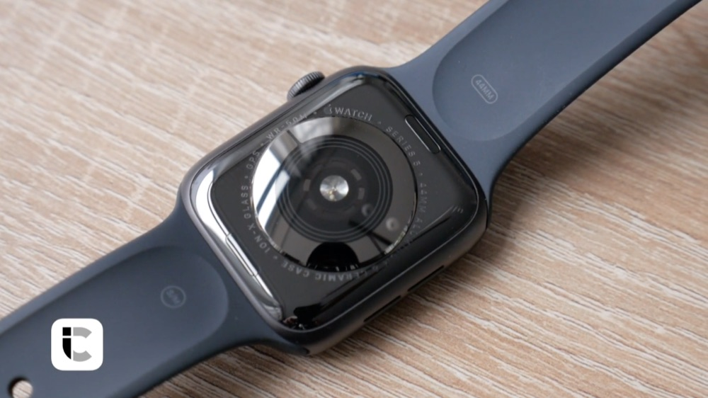 Apple Watch Series 5 review achterkant.