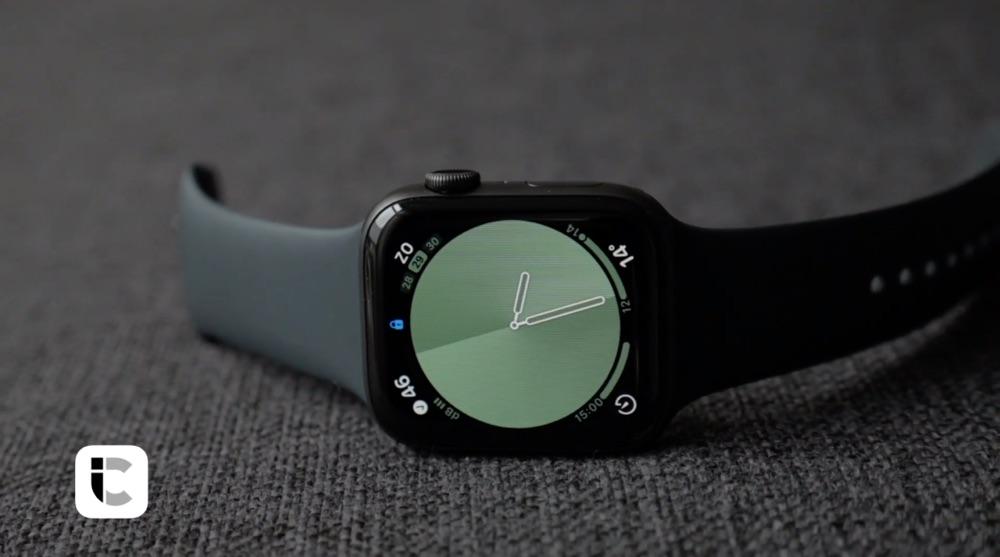 Apple Watch Series 5 review met scherm.