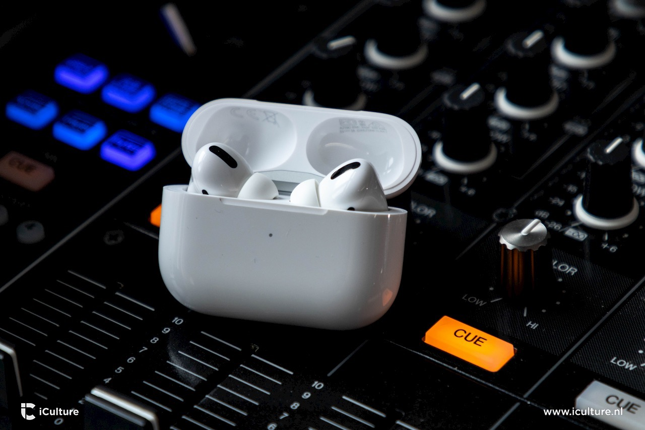 AirPods Pro in opbergcase 2