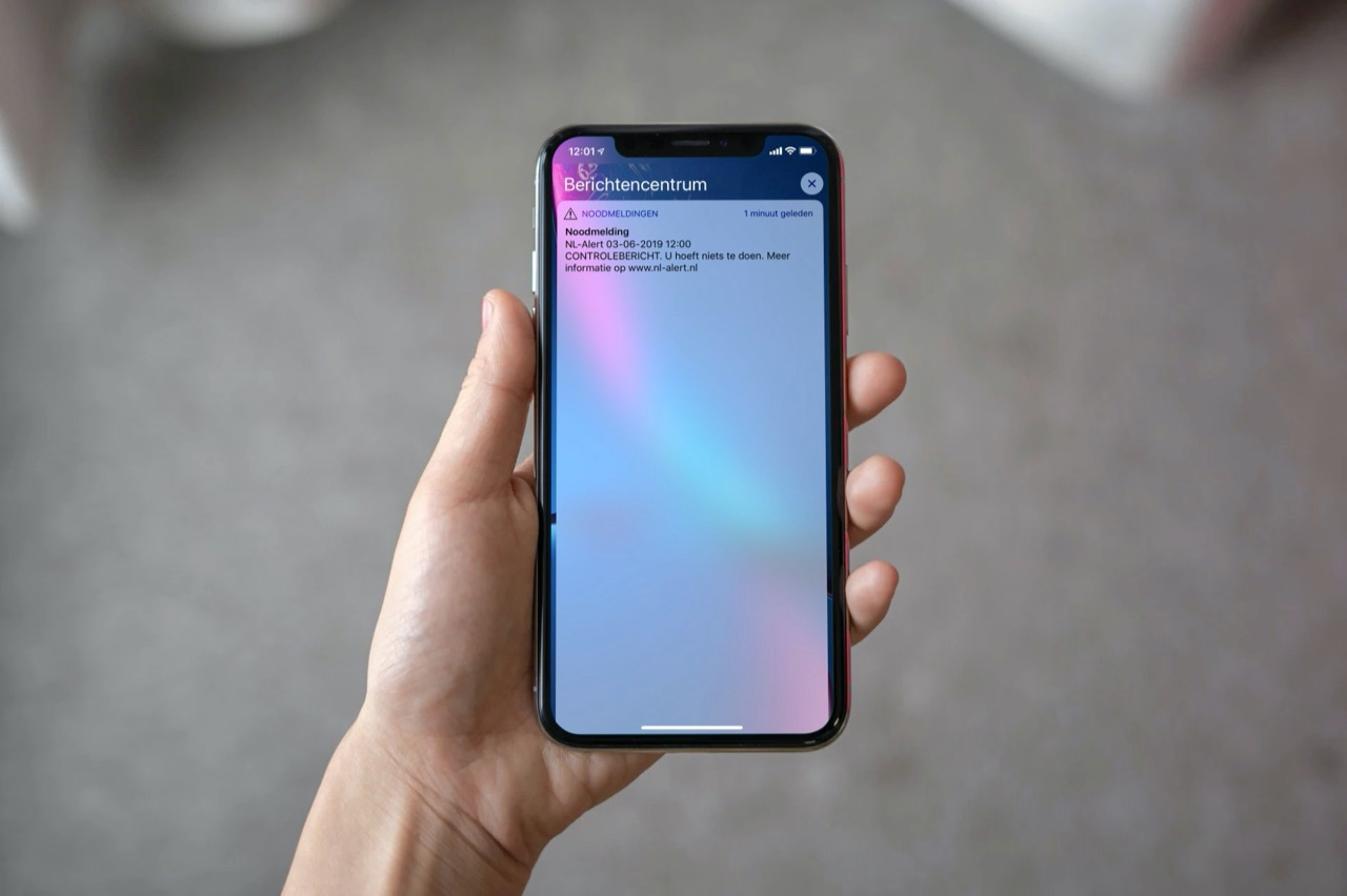 NL-Alert testbericht op iPhone XR.