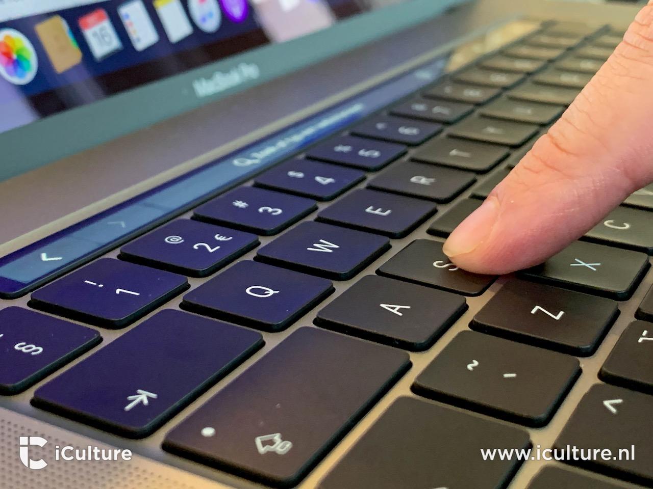 MacBook Pro 16-inch toetsenbord indrukken