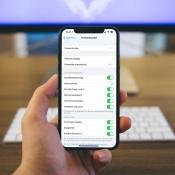 Sneller punten en hoofdletters typen op iPhone- en iPad-toetsenbord