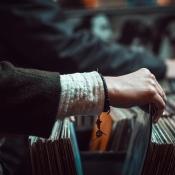 Muziekwinkel vinylplaat albumhoes