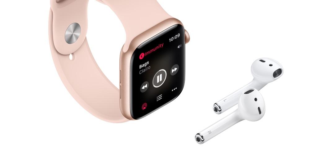 Muziek luisteren op Apple Watch met AirPods.