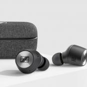 Sennheiser Momentum True Wireless 2 doosje en oordopjes.
