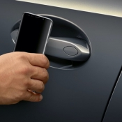 BMW CarKey in iOS 14