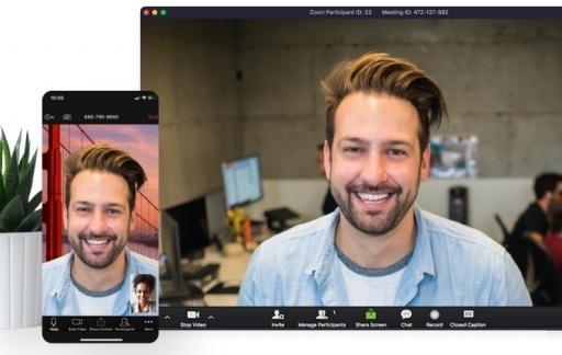 Zoom videobellen app.
