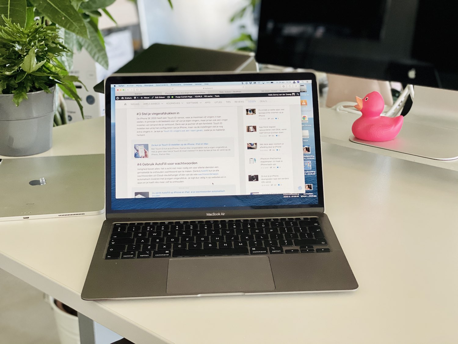 MacBook Air 2020 review: op het bureau