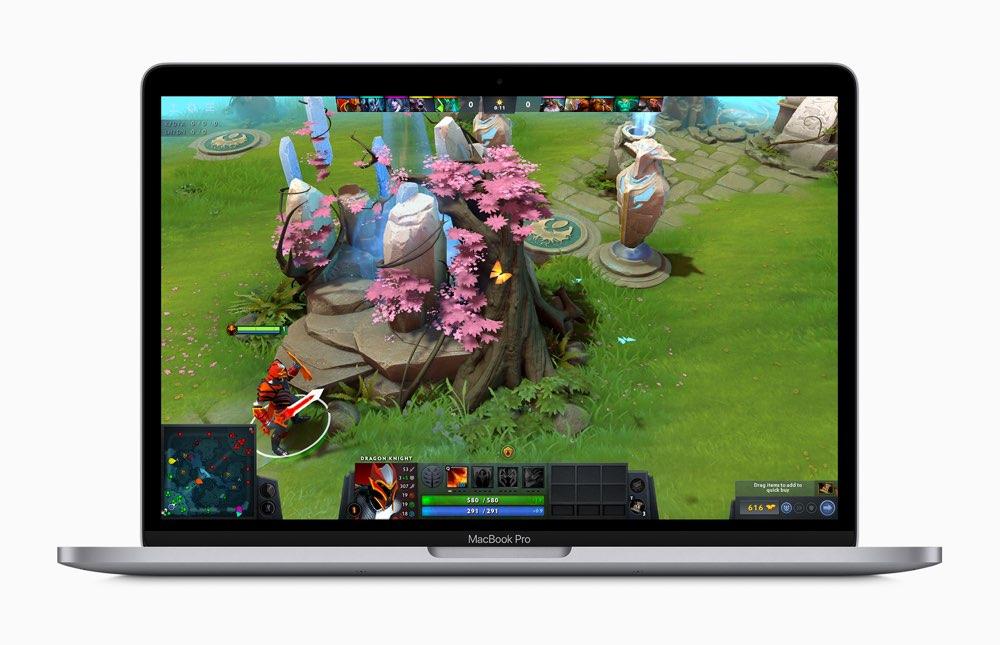 13-inch MacBook Pro 2020 met Dota game