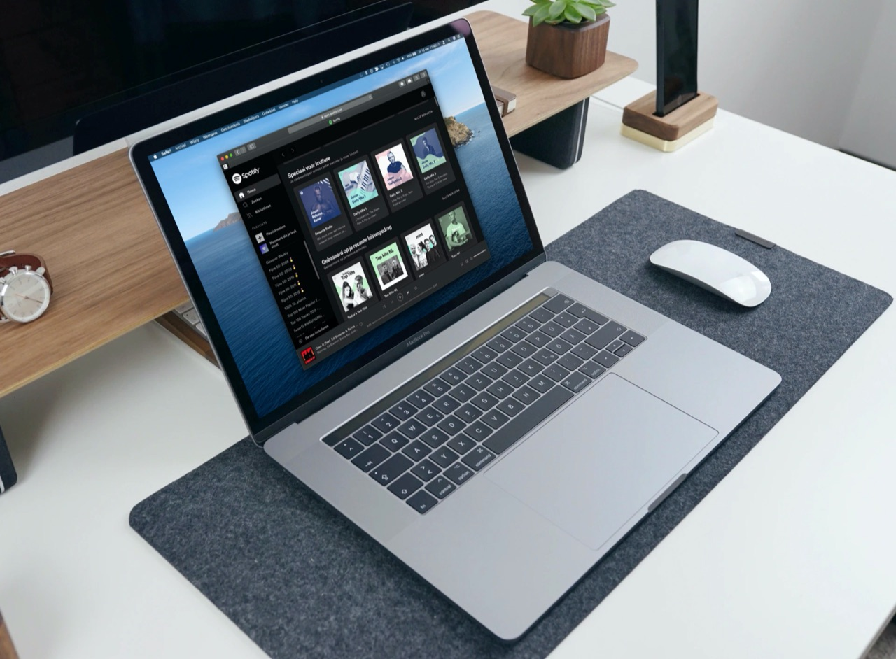 Spotify op het web in Safari op MacBook.