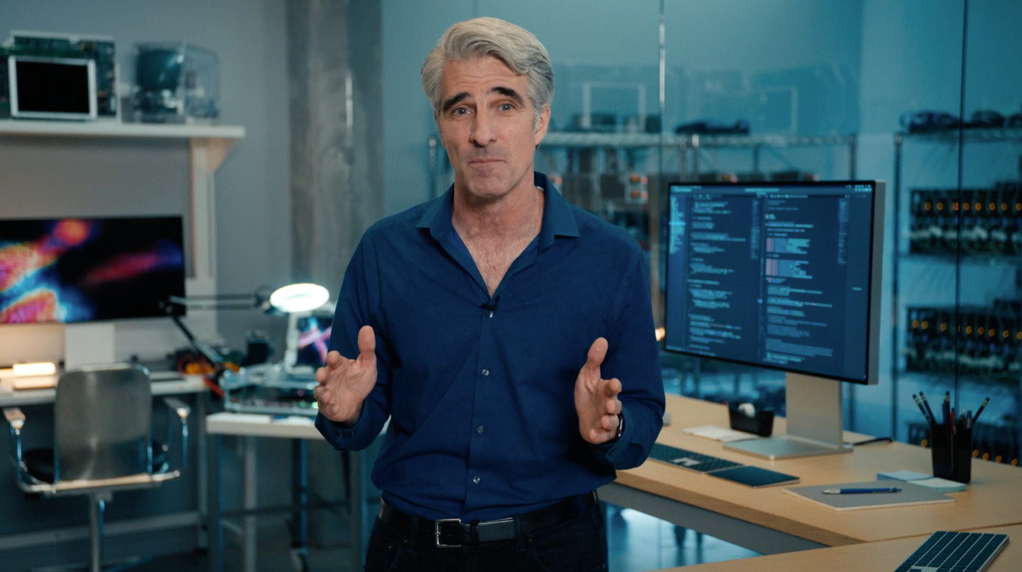 Craig Federighi in lab
