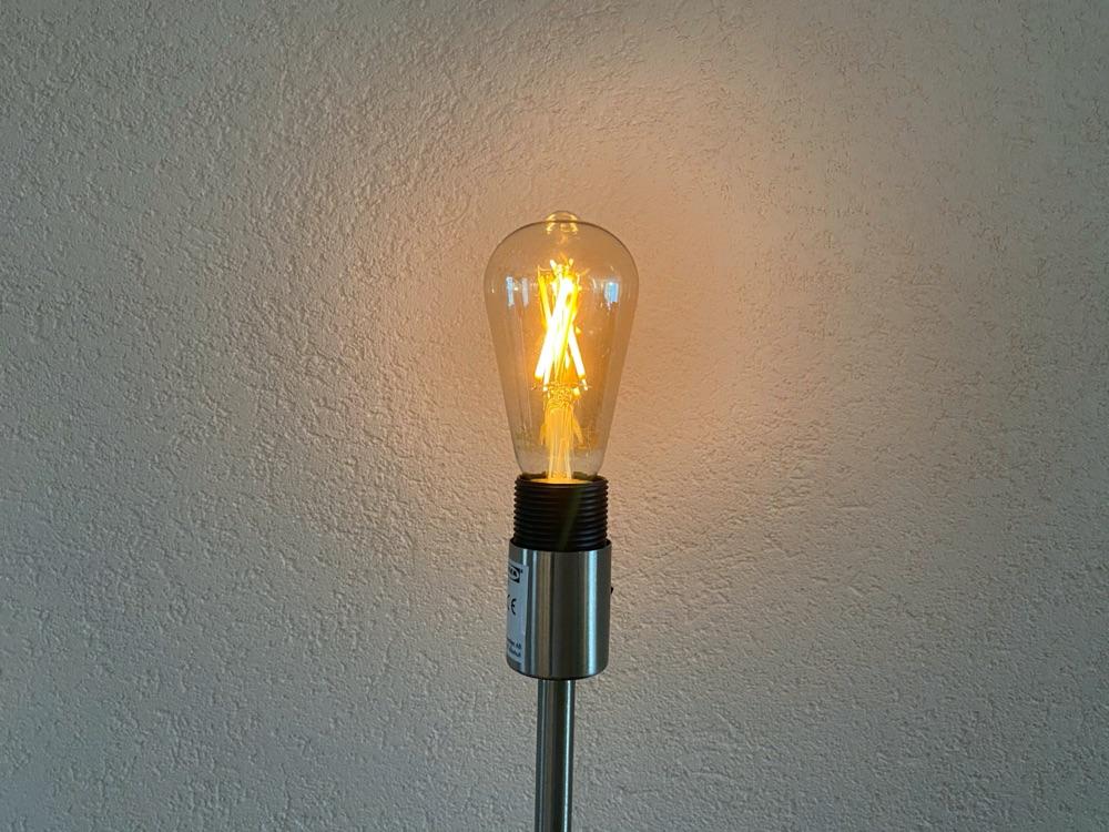 WiZ Filament lamp.