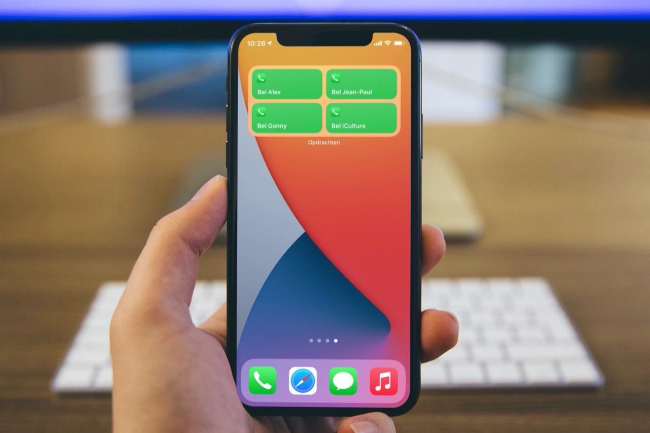 Telefoon-widget met favoriete contacten.