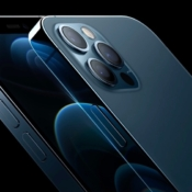 iPhone 12 Pro in blauw.