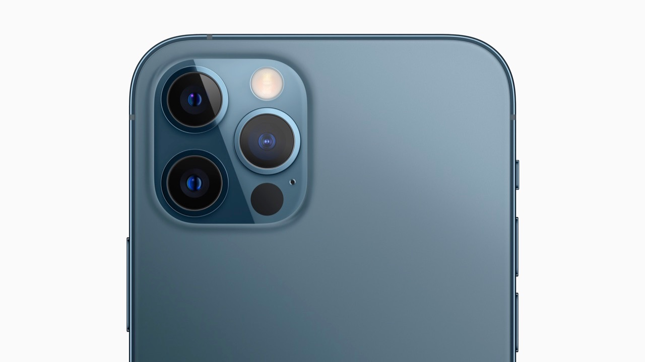 iPhone 12 Pro oceaanblauw camera
