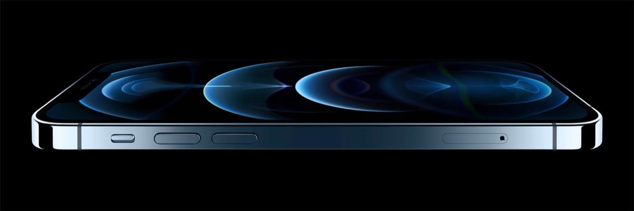 iPhone 12 Pro liggend blauw