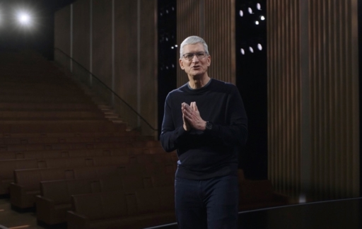 Tim Cook podium oktober 2020