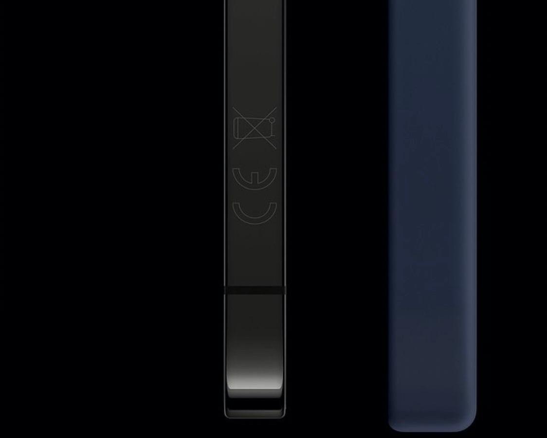 iPhone 12 CE keurmerk op de zijkant.