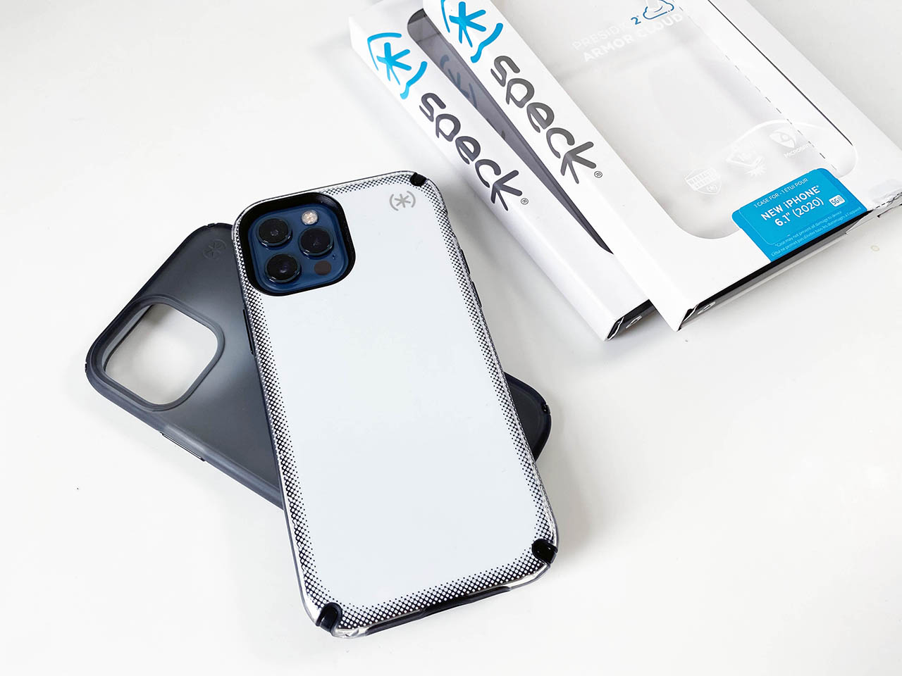 Speck Presidio: the Armor Cloud case with 'airbags'