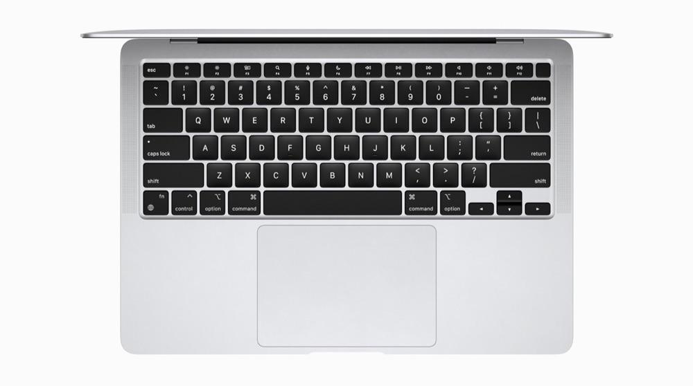 MacBook Air met M1-chip en toetsenbord