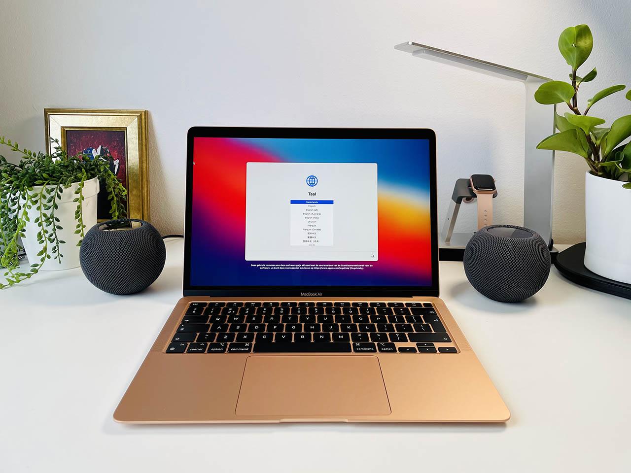 HomePod mini als bureauspeaker