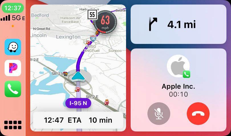Waze CarPlay in Split View
