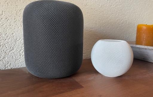 HomePod mini en gewone HomePod speakers.
