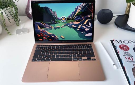 MacBook Air M1 review: op het bureau