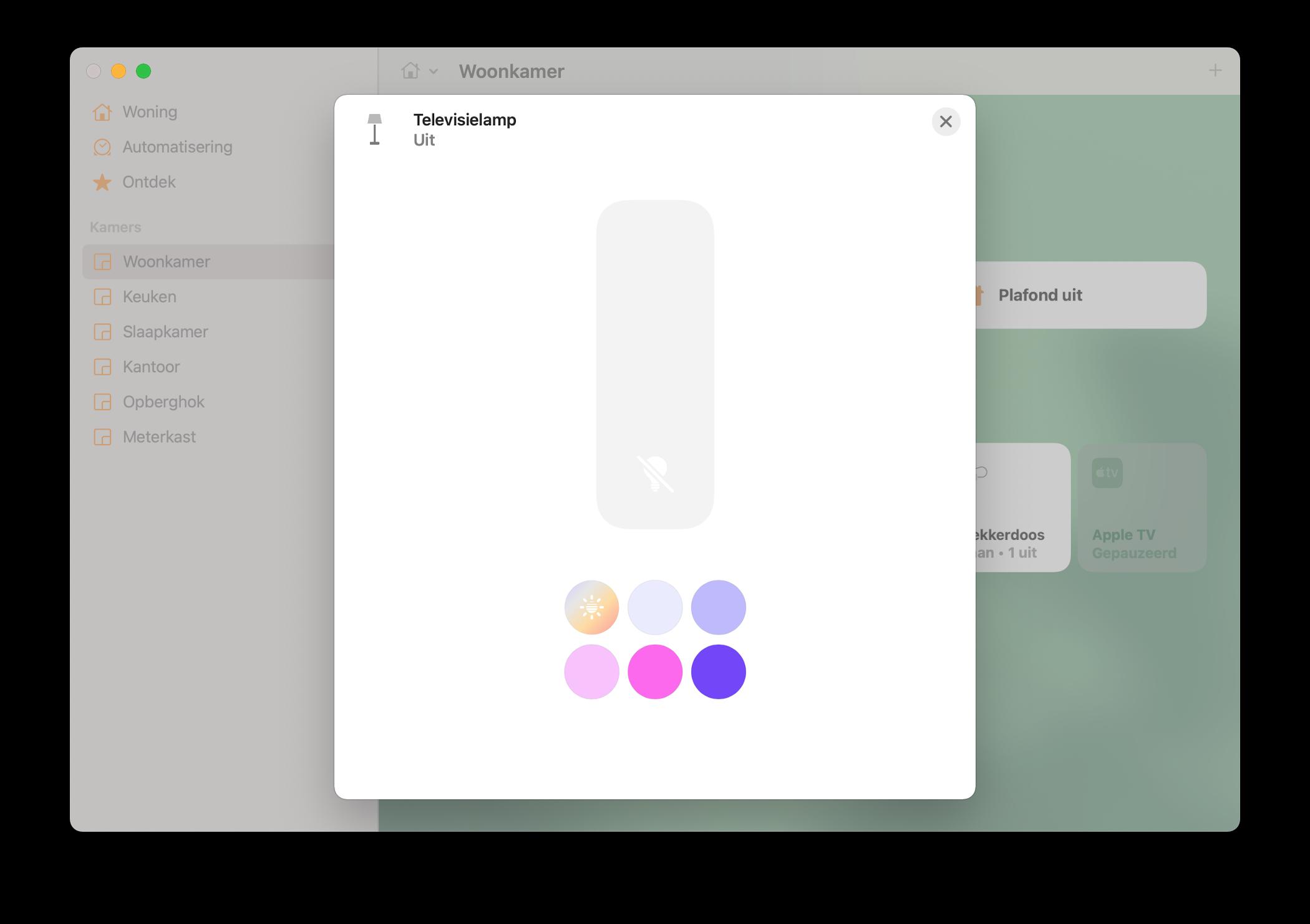 HomeKit op de Mac: Woning-app met details van lamp, zoals helderheid en kleur.