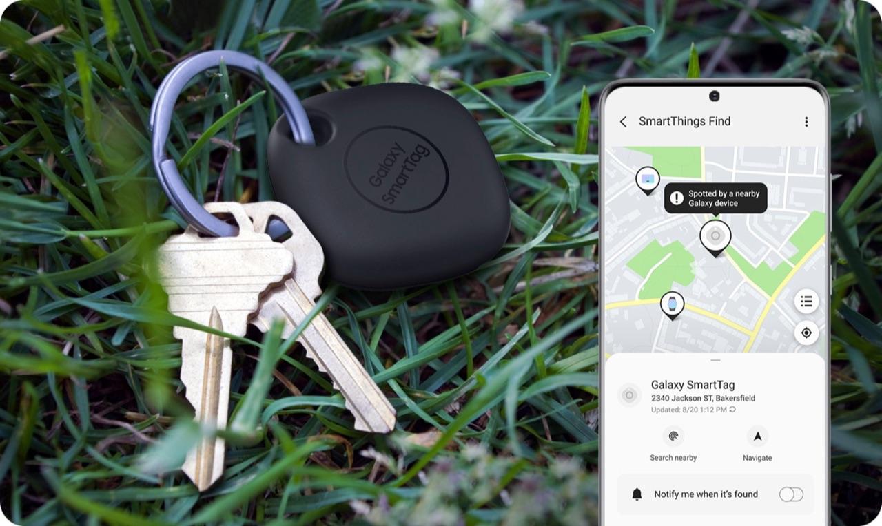 Samsung Galaxy SmartTag met netwerk in de app.