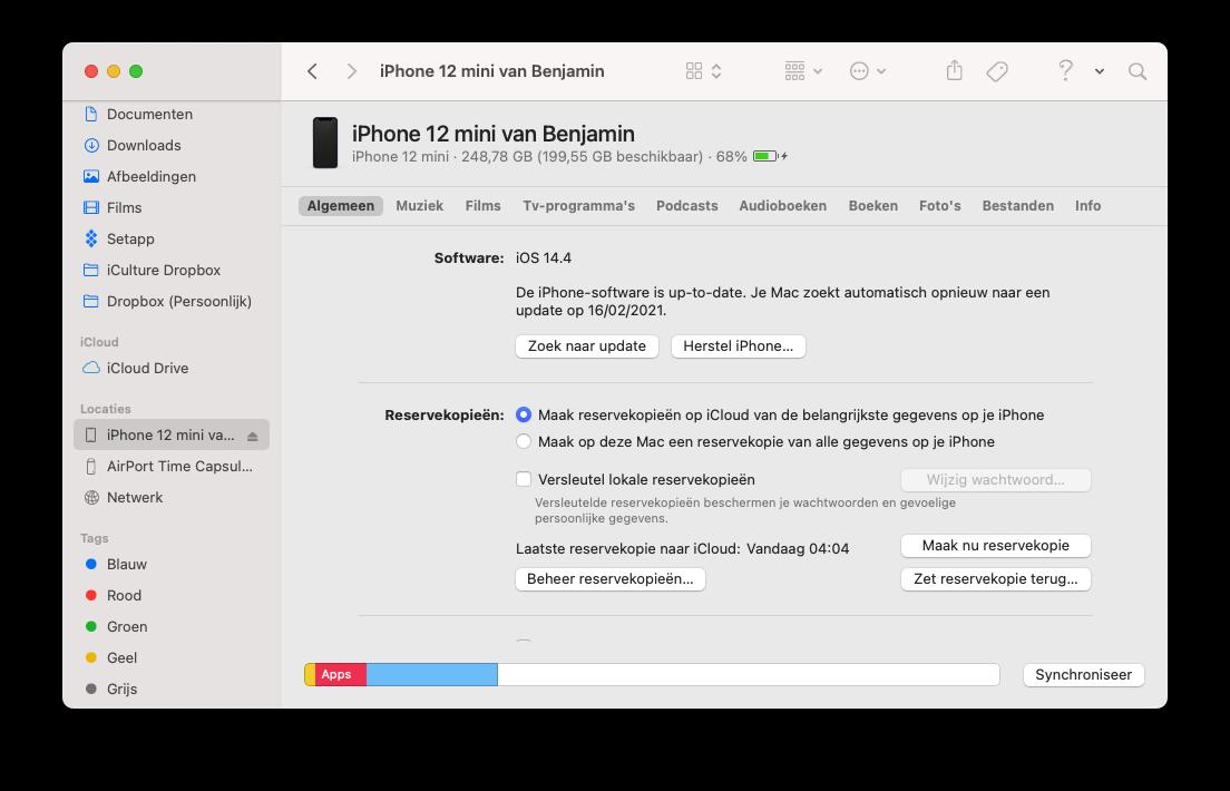 iPhone synchroniseren met de Mac via de Finder met Algemeen tabblad.