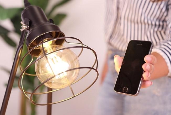 Action LSC lampen met iPhone
