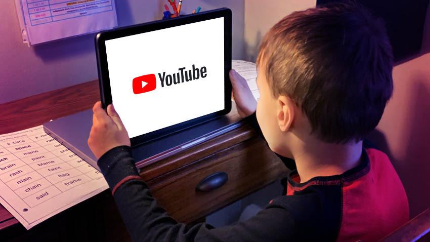 jongen-iPad-YouTube