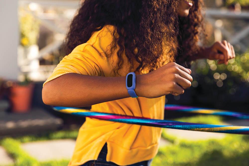 Fitbit Ace 3 blauw met kind
